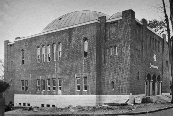 The building around 1924, when construction was nearly complete