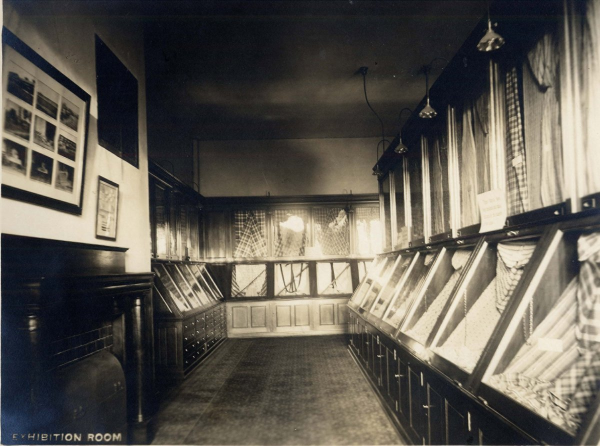 Exhibition Room, 1913-1914, which served as the library, 1948-1961.